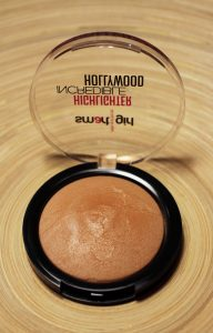 highlighter smart girl incredible-hollywood